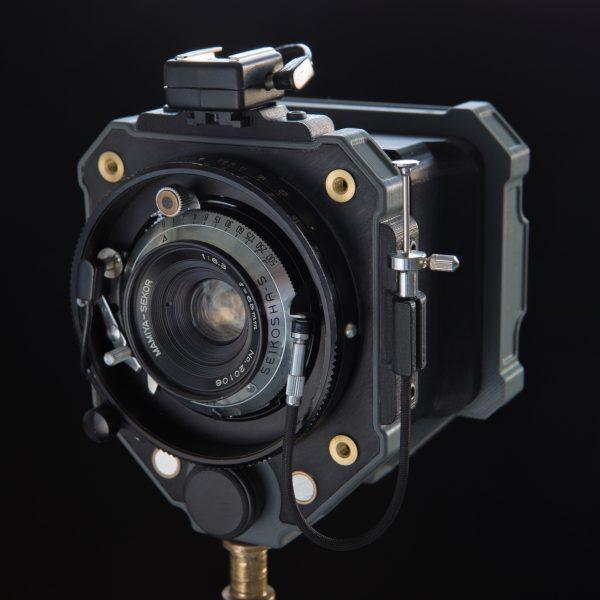 analog-camera-by-dora-goodman