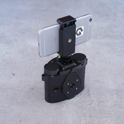 smartphone-holder-for-scura-6x6-camera